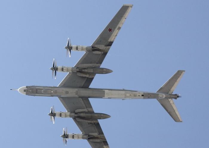 Японские истребители подняты по тревоге из-за российских бомбардировщиков