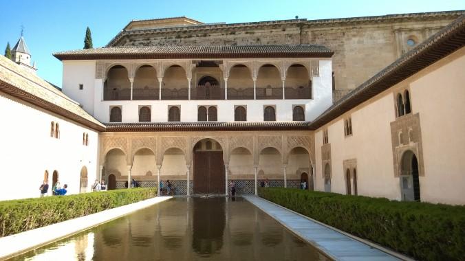 Альгамбра: великолепное культурное сокровище Испании