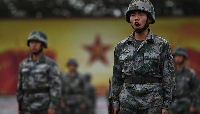Китайская армия плохо обучена из-за усиленной политической подготовки