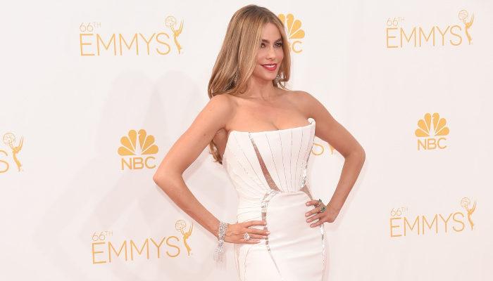 6 великолепных нарядов с ковровой дорожки Emmy Awards 2014