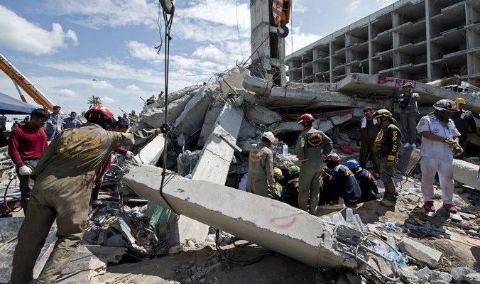 В Таиланде число жертв при обрушении дома увеличилось до 14 человек