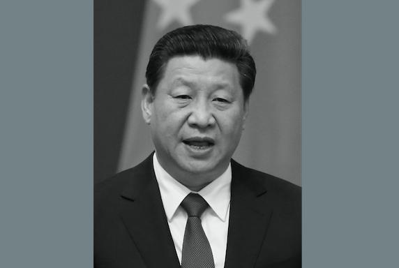 Си Цзиньпин в Пекине 9 июля. Недавно он заявил, что борьба с коррупцией является вопросом «жизни и смерти». Фото: Feng Li/Getty Images