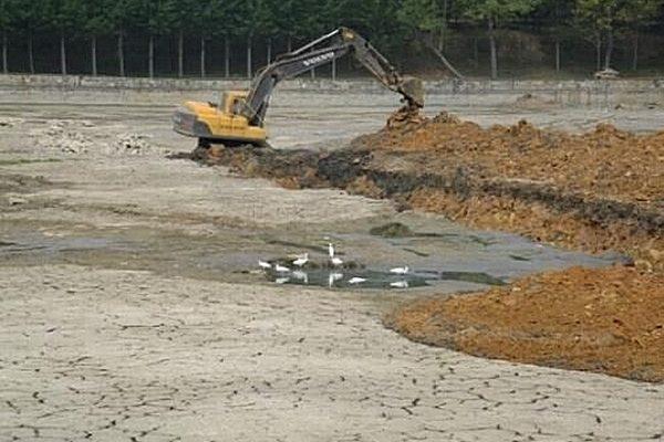 Засуха в Китае может быть связана с проектом переброски рек