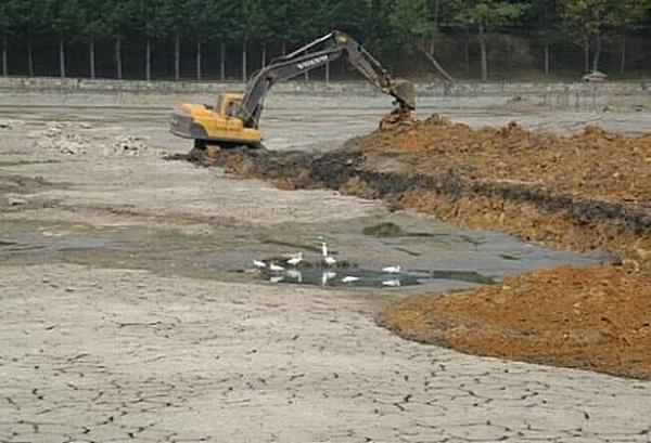 Засуха в Китае может быть связана с проектом поворота рек. Фото с epochtimes.com