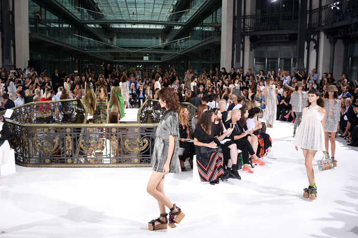 John Galliano : Runway - Paris Fashion Week Womenswear Spring/Summer 2015