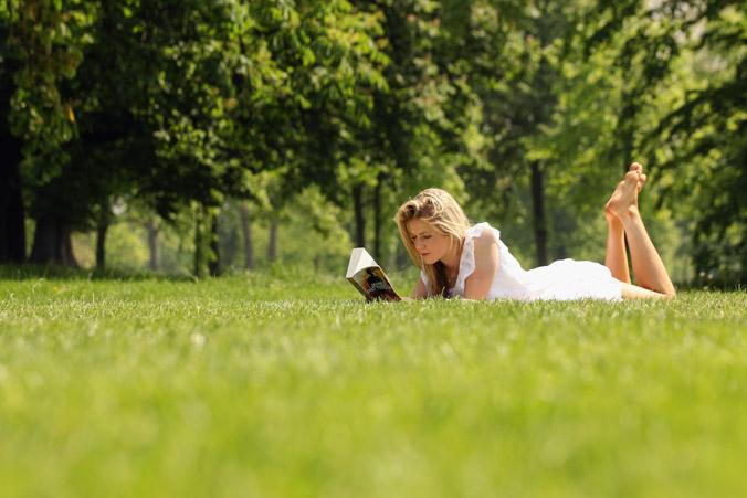 Учёные: солнечный свет влияет на поведение людей и сокращает число самоубийств. Фото: Oli Scarff/Getty Images