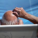Учёные научились определять риск рака простаты по форме лысины. Фото: Matt Cardy/Getty Images