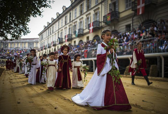 Италия, Средневековье, фестивали