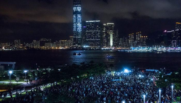 Почему Пекин так боится всеобщего избирательного права в Гонконге?