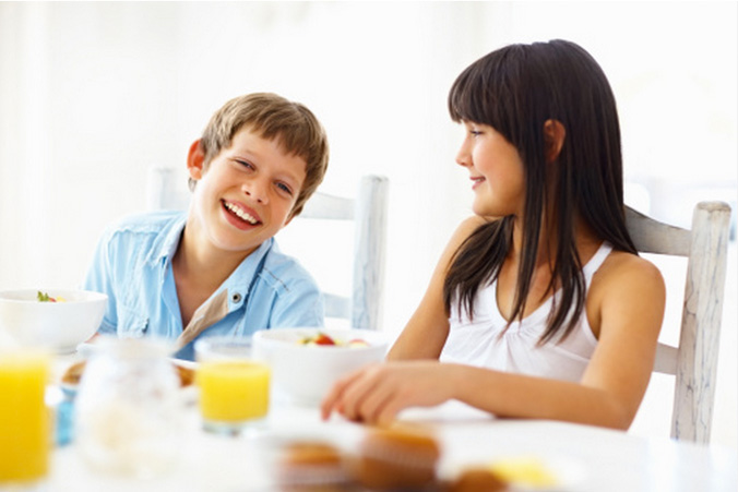 Завтрак снижает риск развития сахарного диабета у детей. Фото: Daniel Laflor/Getty Images
