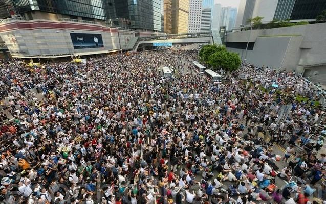 Гонконгцы продолжают протестовать