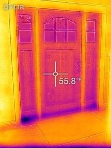 FLIRONE_Energy_Efficiency_Thermal_frontdoor
