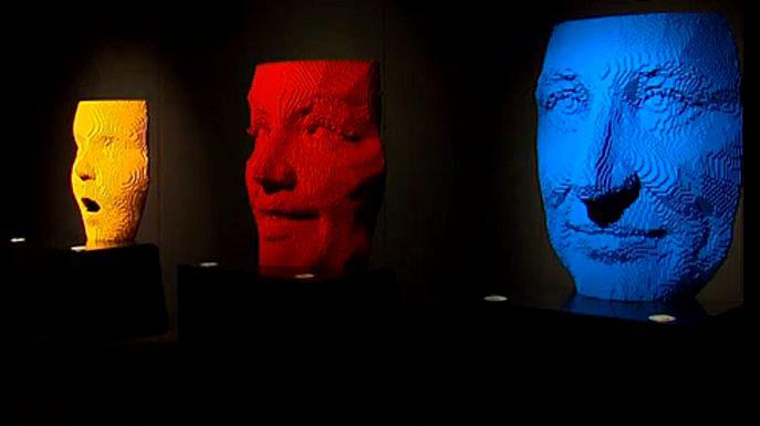 Выставка скульптур из LEGO открылась в Лондоне