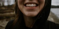 Здоровые зубы — гарантия хорошего зрения к старости