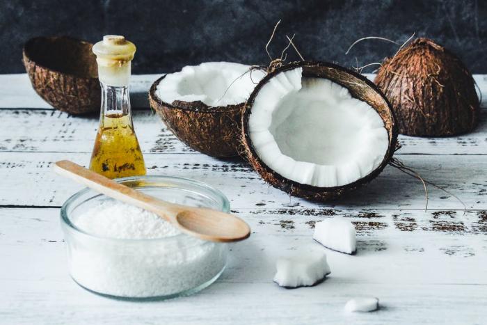 Кокосовое масло для идеальной шелковистой кожи