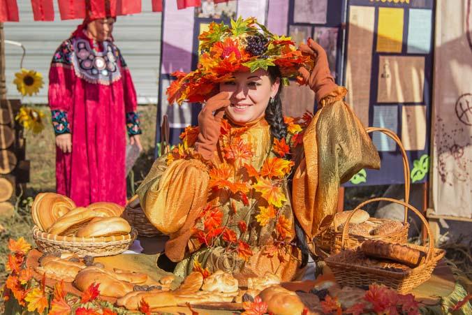 30 сентября: праздник урожая «Уртун Тойы», Абакан. Фото: Сергей Тугужеков/Великая Эпоха