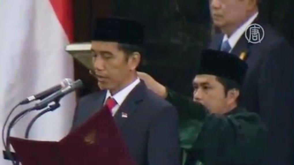 Видодо стал первым лидером страны, не принадлежащим к политической или военной элите. Скриншот видео.