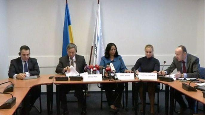 Из-за боевых действий в индустриальном Донбассе украинская экономика упадет к концу года на 8% и продолжит сокращаться в следующем году, заявил в четверг Всемирный банк. Скриншот видео.