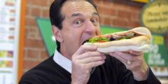 Человек тянется к вредной пище из-за её калорийности, а не вкуса