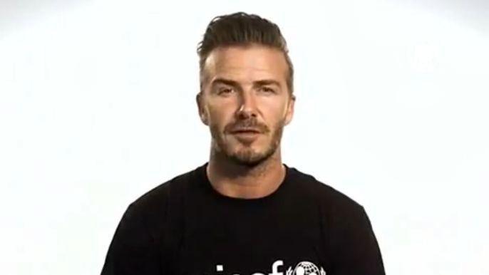 Дэвид Бекхэм снялся в двух видеосюжетах организации ЮНИСЕФ. Скриншот видео.