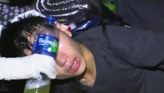 В ночь на среду полиция в Гонконге разогнала демонстрантов перцовым газом