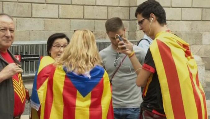 Каталонцы разочарованы отменой ноябрьского референдума о независимости