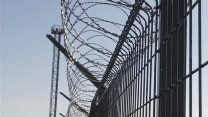 Забор на границе означает, что мы с Россией — не одна страна, — Яценюк