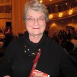 Юдит Вивер, профессиональная скрипачка, посетившая концерт Shen Yun в Чикагском симфоническом концертном зале, дала ему очень высокую оценку. Фото: Valerie Avore/Epoch Times