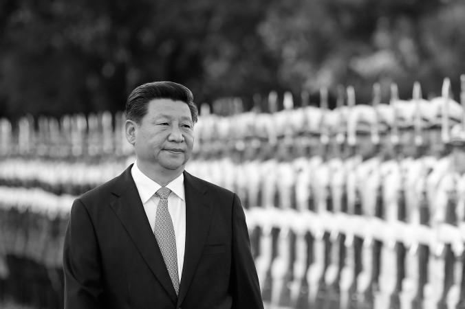 Китайский лидер Си Цзиньпин возле Большого зала народных собраний в Пекине 4 сентября 2014 года. Фото: Lintao Zhang/Getty Images