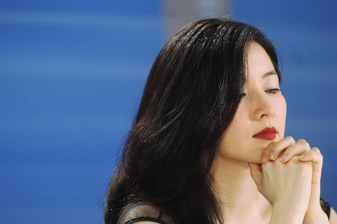 Актриса Ли Ён Э на фотосессии для фильма «Сочувствие госпоже Месть» 3 сентября 2005 года, Венеция. Фото: Franco Origlia/Getty Images
