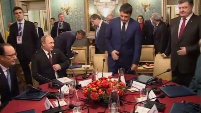 Европейские политики отмечают, что между сторонами остается множество разногласий, и призывают Москву активнее работать над тем, чтобы пресечь нарушения режима прекращения огня в Донбассе. Скриншот видео.