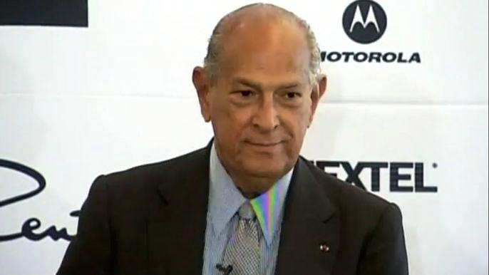 По информации испанского телевидения, причиной смерти дизайнера стал рак, с которым он боролся на протяжении восьми лет. Скриншот видео.