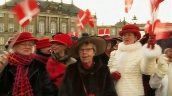 Самой счастливой нацией на планете, как оказалось, являются датчане. Скриншот видео.