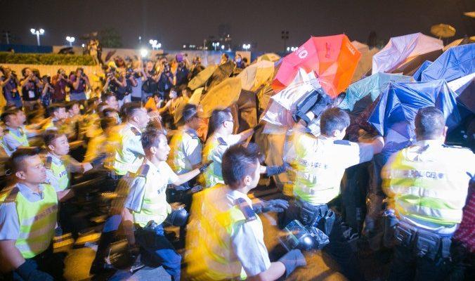 Что такое «революция зонтиков»?