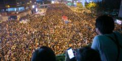 Оплошность главы Гонконга — на руку лидеру Китая