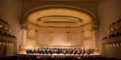Симфонический оркестр Shen Yun выступил в Карнеги-холл в рамках турне 2014