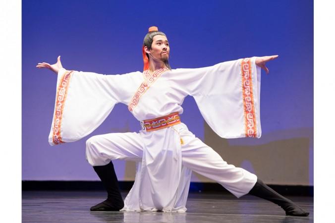 Дэнни Ли, 17 лет, победитель среди юниоров, исполняет номер «Путешествие по священной земле», 12 октября. Фото: Dai Bing/Epoch Times