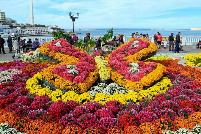 Бал хризантем в Севастополе. Фото: Алла Лавриненко/Великая Эпоха
