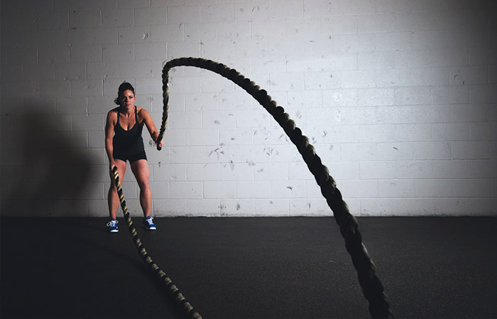 тренировки, девушка, фитнес, кросфит, атлет, упражнения, канат,