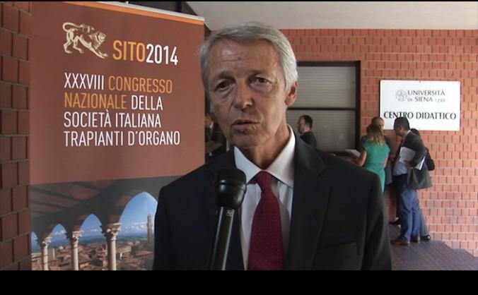 Профессор Франко Читтерио, президент «Итальянского общества трансплантации органов», на съезде в Сиене, Италия. Фото: Konstantin Skabrin/Epoch Times