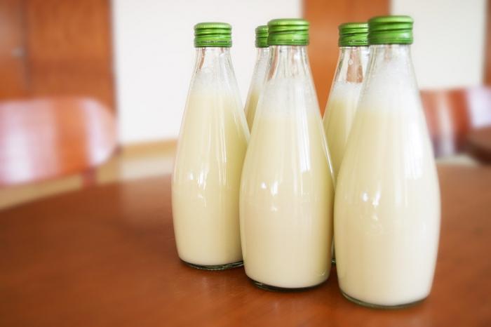 Учёные: употребление молока вредно
