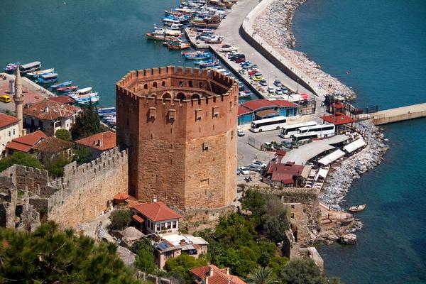 Алания. Турция. Фото с сайта http://petrozavodsk.viasun.ru/countries/turkey/alania/