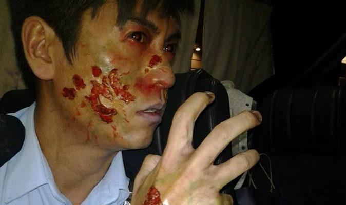 Избитый гонконгский полицейский оказался актёром