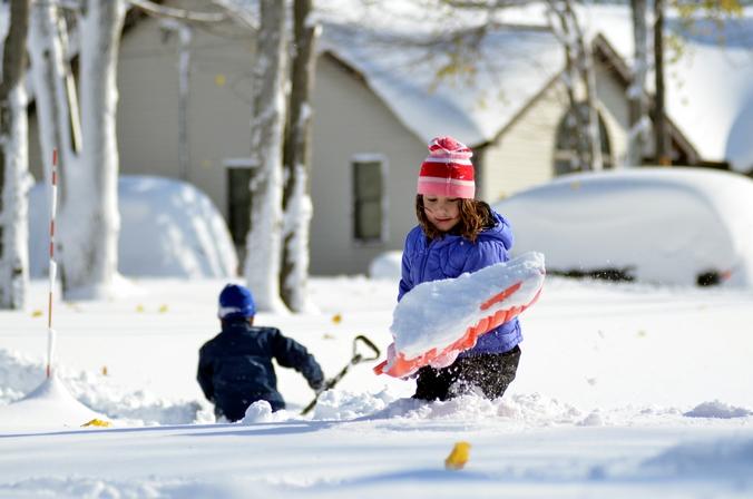 Последствия снежного циклона в городе Буфало, США, 19 ноября, 2014 год. Фото: John Normile/Getty Images
