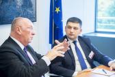 Двусторонняя встреча между Мишель Лебрен & Владимир Гройсман, заместителем премьер-министра Украины, в настоящее время являющимся спикером Верховной Рады.  Фото: Open Days - European We/flickr.com