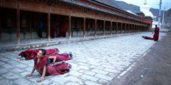 Тибетских монахинь выгнали из монастыря за отказ от «патриотического воспитания»