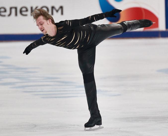 Выступление российского фигуриста Сергея Воронова на Гран-при в Москве, 15 ноября, 2014 год. Фото: Oleg Nikishin/Getty Images
