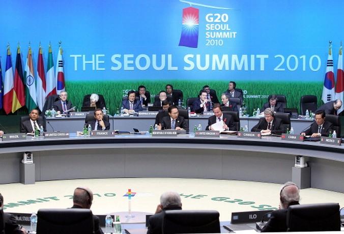 Лидеры стран G20 на саммите в Сеуле, 2010 год. Фото: ERIC FEFERBERG/AFP/Getty Images