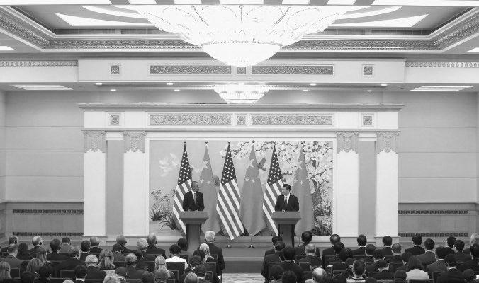 Лидеры США и Китая обменялись мнениями по Гонконгу