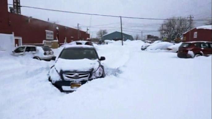Семь человек погибли в результате снежной бури в штате Нью-Йорк (новости)